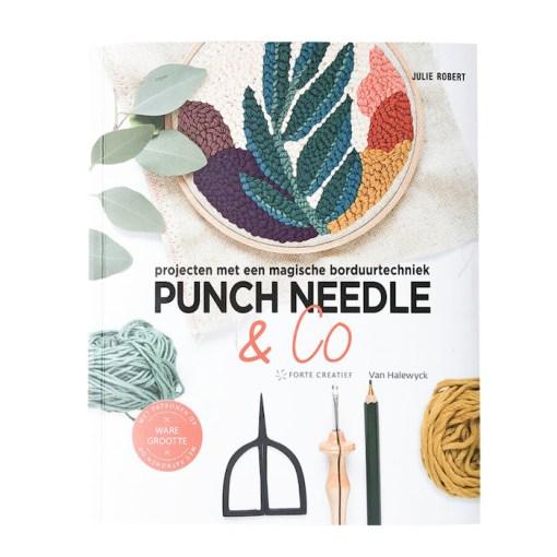 punch needle Julie Roberts