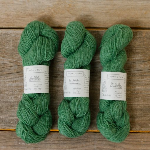 Biches & Bûches le petit lambswool Spring green