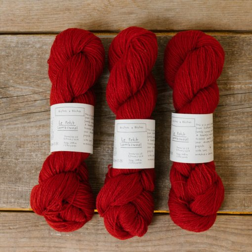 Biches & Bûches le petit lambswool medium red
