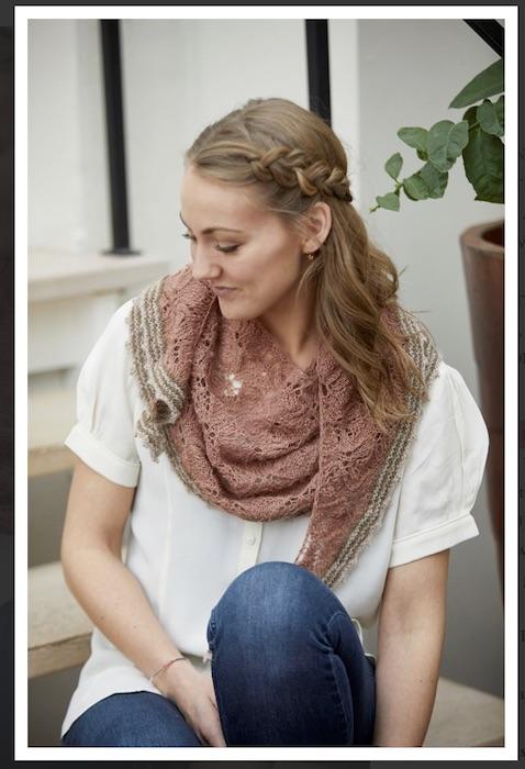 CaMaRose Hydrangeas shawl tynd