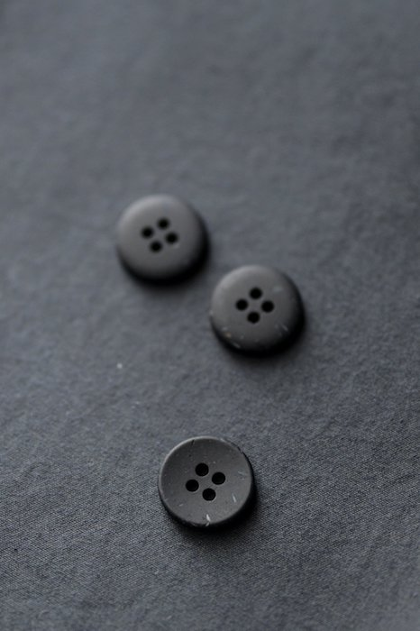 Inky speckles buttons