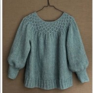CaMaRose- Beautiful smock sweater