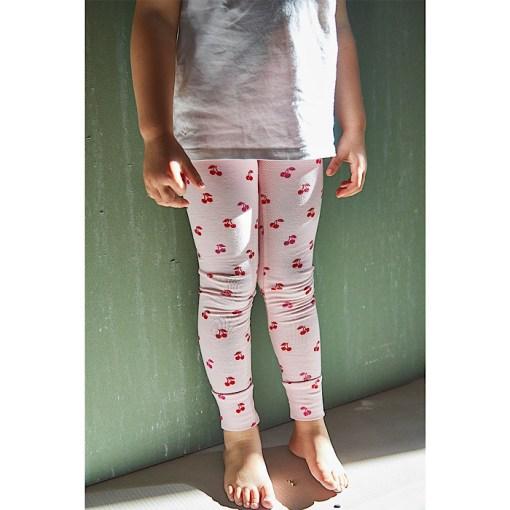 Modeling Seattle Leggings/Jeggings - Ikatee Paper Sewing Pattern