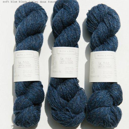 Biches & Bûches le petit lambswool Soft blue black