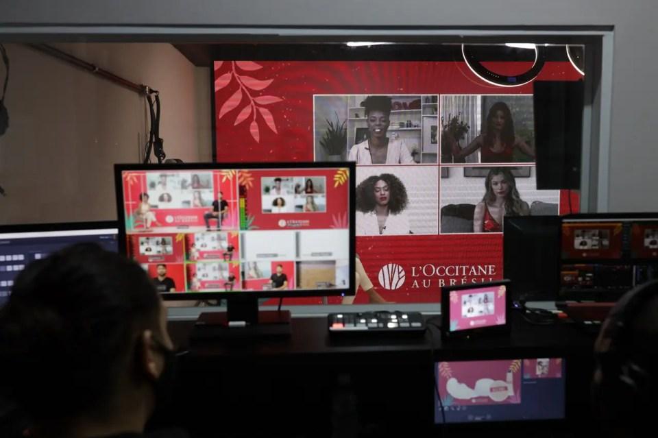 Streaming Corporativo Cross Host
