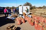 Sacking produce at Hopi -- photo by Jackie Klieger