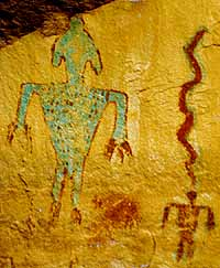 otherworldy looking rock art photographed by Sandra Cosentino at prehistoric Hopi ancestor site