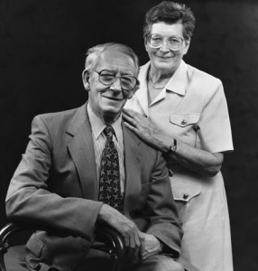 Gordon Wilson and his wife Joan, by Bobbie Hanvey Photographic Archives, John J. Burns Library, Boston College. (Bobbie Hanvey) [CC BY 3.0 (http://creativecommons.org/licenses/by/3.0)], via Wikimedia Commons.