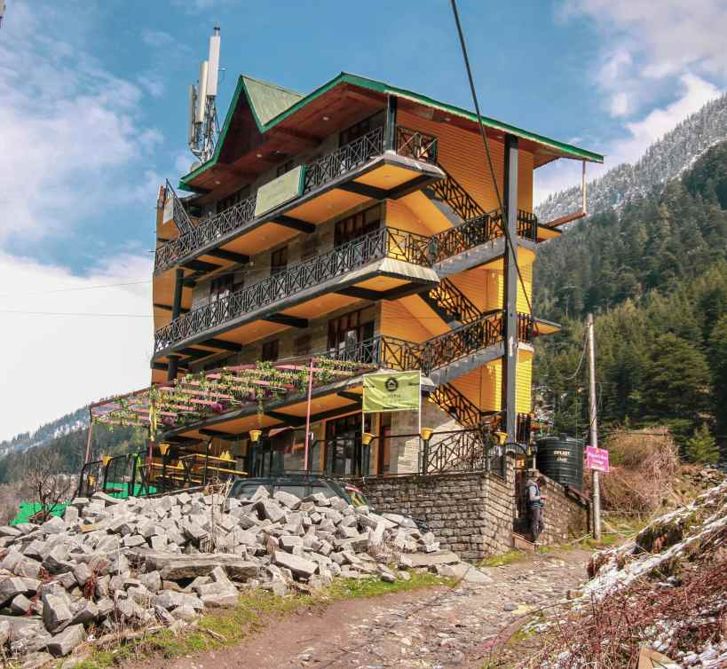 Stay in a Hostel - Manali on a Budget