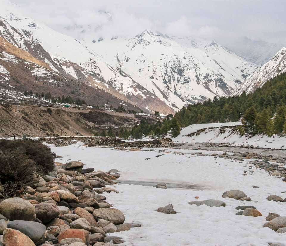 While going towards Baspa river in Chitkul