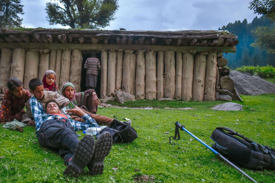 This post will going to talk about how to Embark on an Amazing Solo Trip from Delhi to Aru Valley Pahalgam