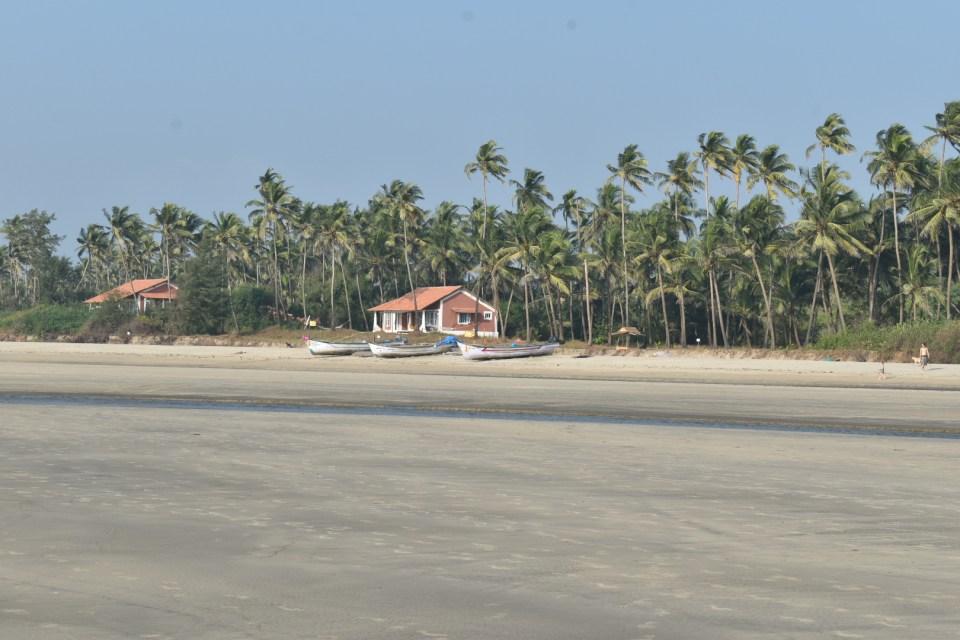 Restaurants houses made of woods on Goa beaches