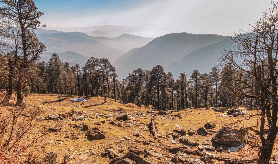 Mesmerizing views of the mountains around during the trek