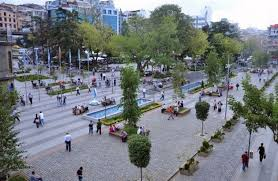 ميدان طرابزون المكان الأكثر حيوية في المدينة - ام القرى