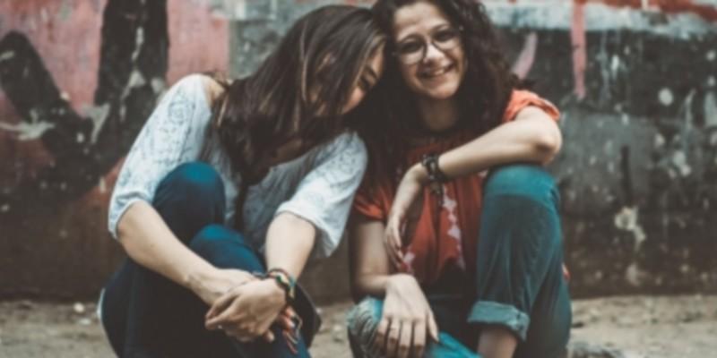 Banca etica cofinanzia crowdfunding progetti al femminile