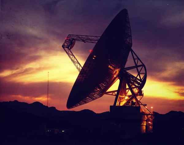 goldstone_deep-space-communications_antenna-2