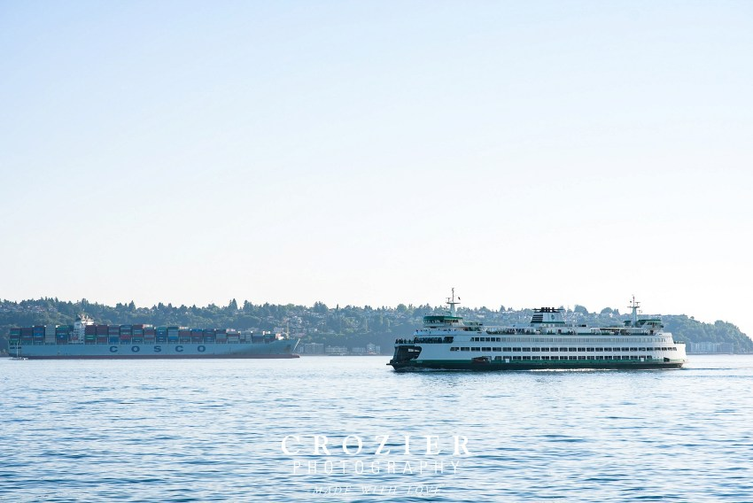 seattle ferry from the dock of the aquarium