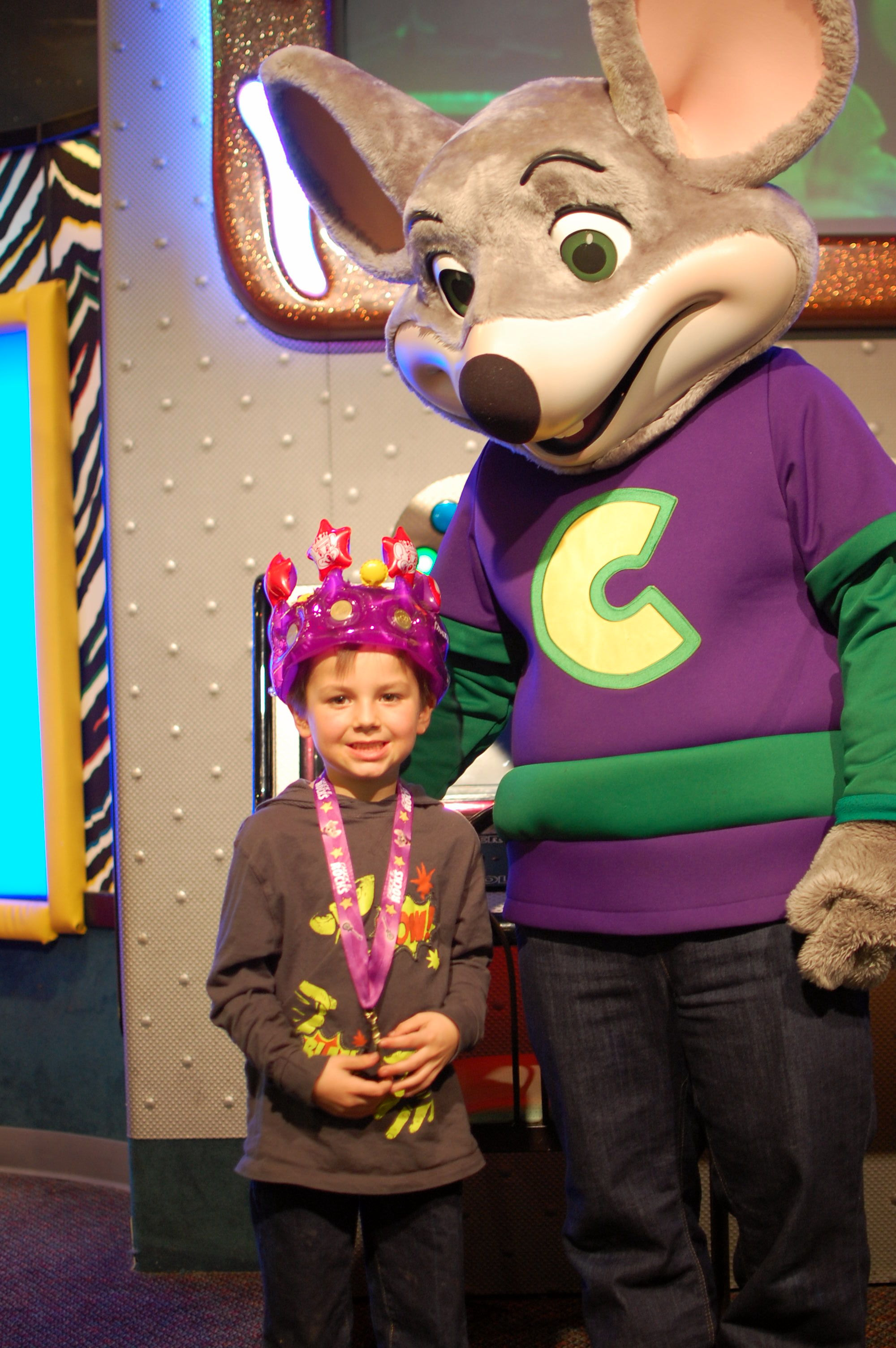 Chuck E Cheese Costume 2013