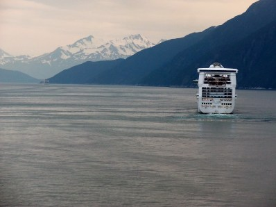 Sailing away from Skagway