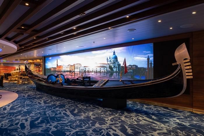 Gondola-Lounge Überraschung:  COSTA VENEZIA kommt zurück nach Europa