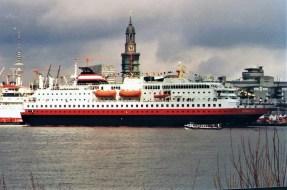 Hurtigruten-Nordlys-1-1 MS NORDLYS
