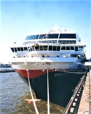 ir?t=cruisedeck-21&l=li3&o=3&a=3782213068 125 Jahre Hurtigruten