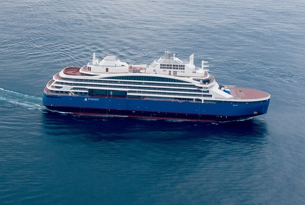 N°-68_Drone-AUSTRAL_Sisterships-et-Cdt-Charcot_Gibraltar©Sacha-Lalane-Kopie-2-Kopie-2 Ponant übernimmt Luxus-Eisbrecher