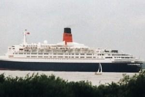 Queen Elizabeth 2 Eröffnung Als Hotelschiff Cruisedeck