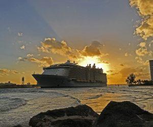 Allure of the Seas Departing Port Everglades ©CruiseInd