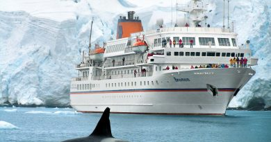Hapag-Lloyd Cruises verkoopt MS Bremen