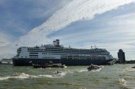MS Rotterdam tijdens Wereldhavendagen 2013