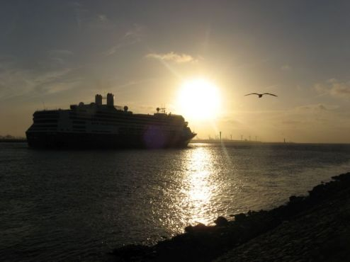Gewoon omdat het een mooi schip is . Ronald, 15 september 2012