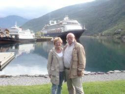 Meerdere cruises gemaakt met verschillende schepen van de HAL, vorig jaar nog met de ms Rotterdam, Ierland, Schotland en Noorwegen, fantastisch schip, in Flam. A. van't Slot 2009