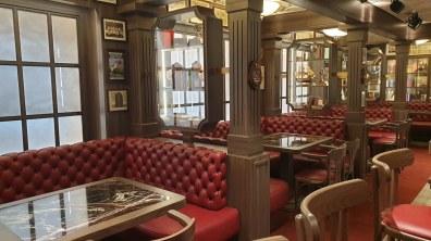 MSC Bellissima lounge bar 018