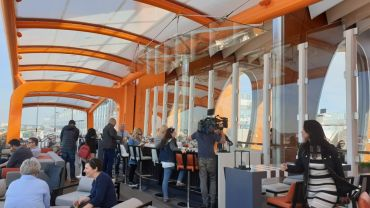 Celebrity Edge Magic Carpet 003