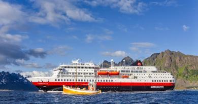 Hurtigruten in 2021 vanaf Hamburg met hybride-expeditieschepen