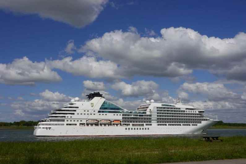 Seabourn Ovation 33