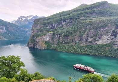 Hurtigruten wil in september weer met 14 schepen gaan varen