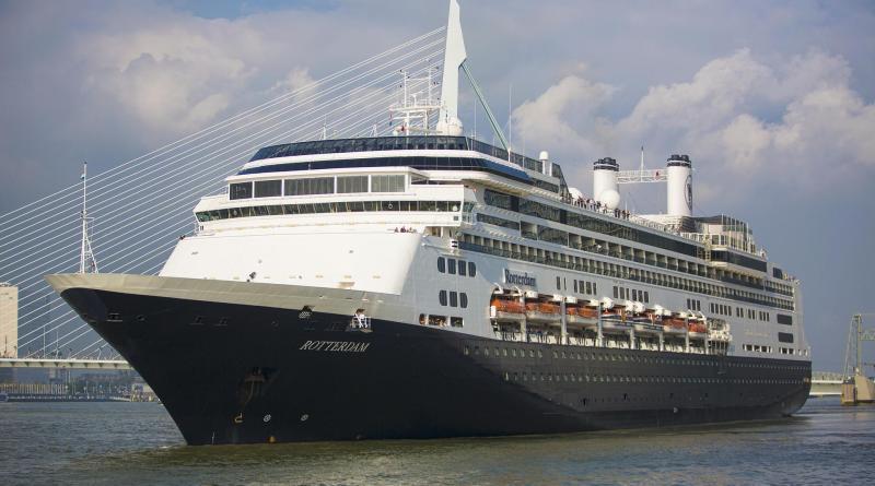 Afscheid Rotterdam bij cruiseterminal Rotterdam