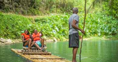 Martha Brae Rafting © Jamaica Tourist Board