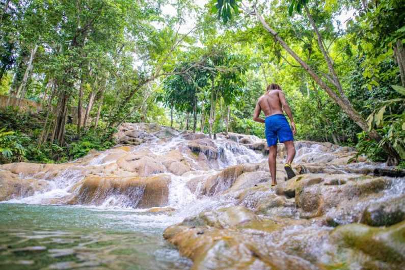 Dunns River Falls © Jamaica Tourist Board