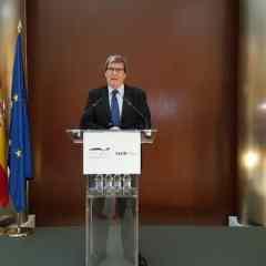 La Autoridad Portuaria de Valencia presenta los resultados del 2016 y sus previsiones para 2017