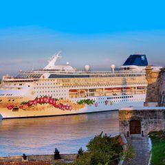 Norwegian Cruise Line hace su escala inaugural en La Habana, Cuba
