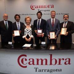 Francesco Muglia, Director General de Costa Cruceros para España y Portugal, recibe la llave de oro de la Cámara de Comercio de Tarragona