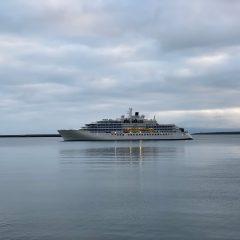 Crucero inaugural de expedición por Islandia del Crystal Endeavor