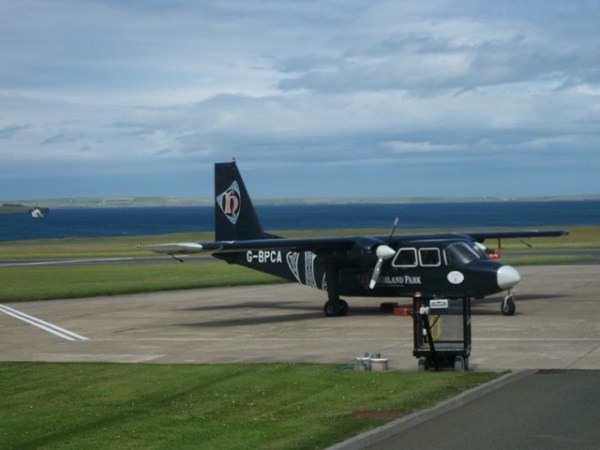 Loganair Norman Islander - Travel Tips
