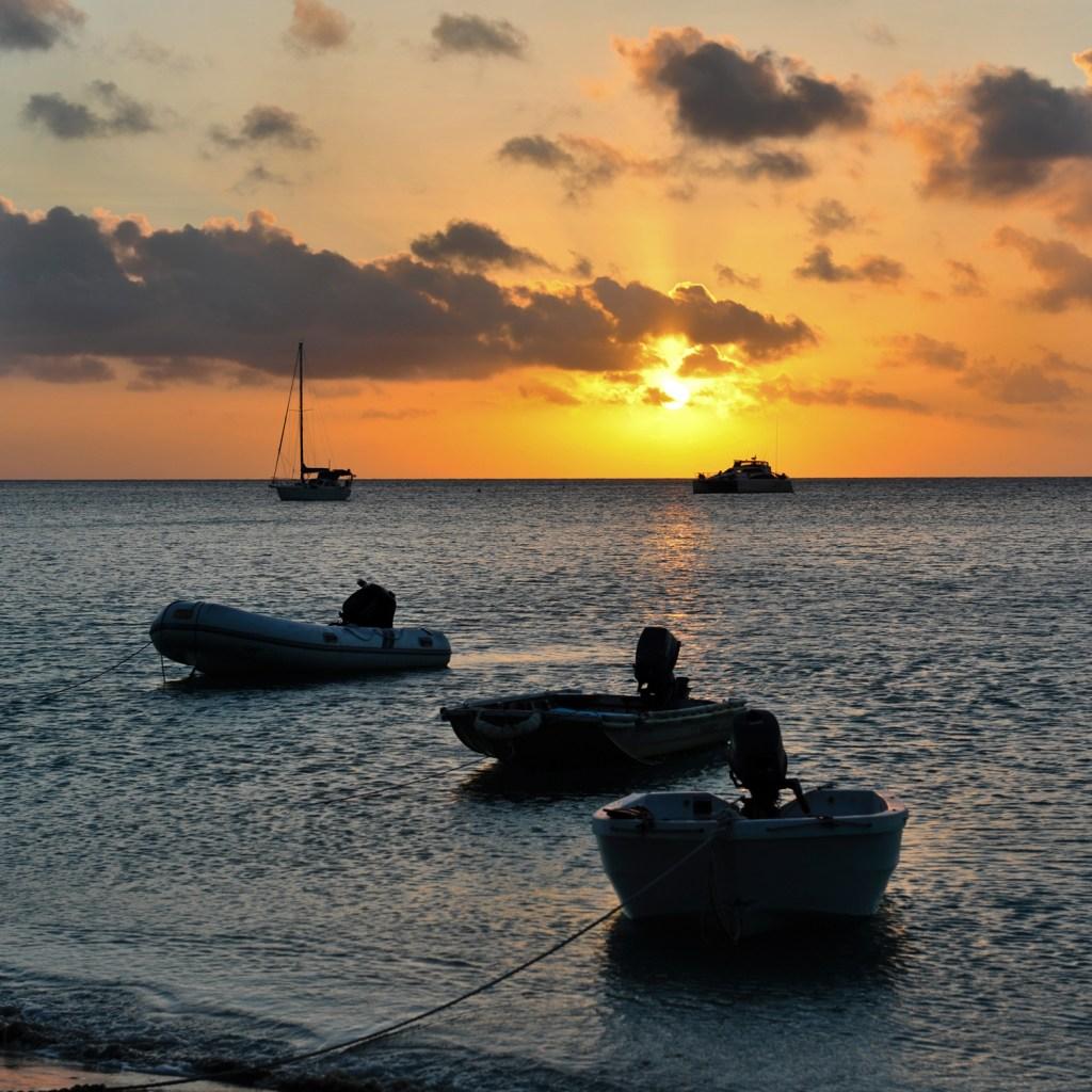 d2-lizard-island-sunset-at-Mrs-Watsons-bay9