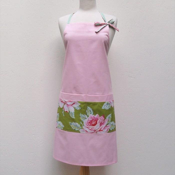 Audrey Apron :: Pink Roses