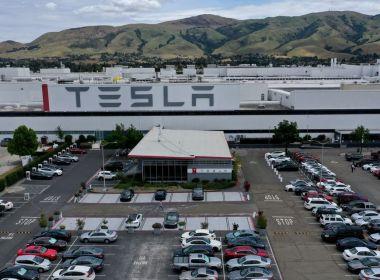 Elon Musk de Tesla aurait exhorté à une poussée «super hardcore» pour les livraisons au milieu de problèmes de chaîne d'approvisionnement