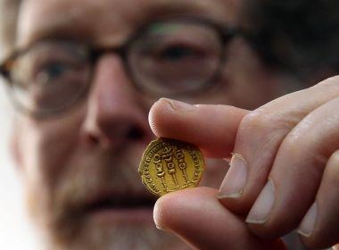 L'or touche 1 800 $ pour la première fois depuis la mi-septembre sous forme de dollar, les rendements baissent